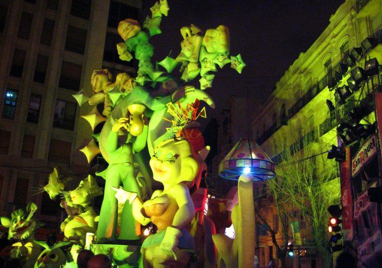 alquiler de iluminacion para monumento