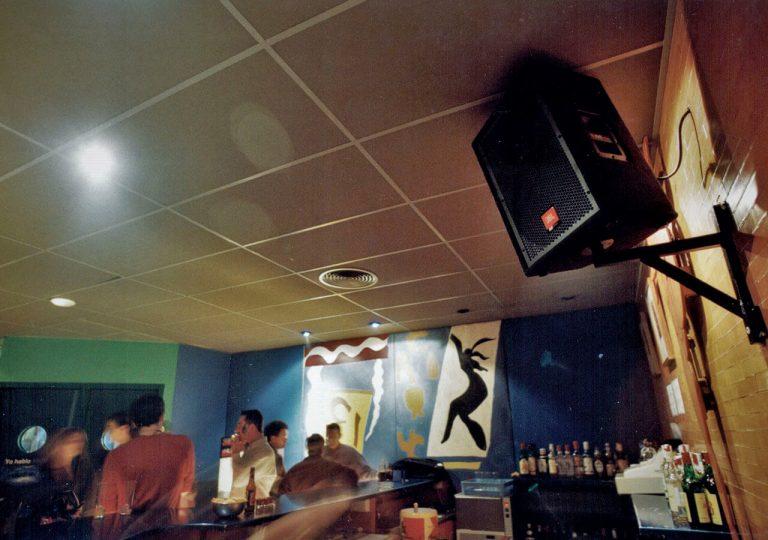 equipos de sonido para sala de conciertos